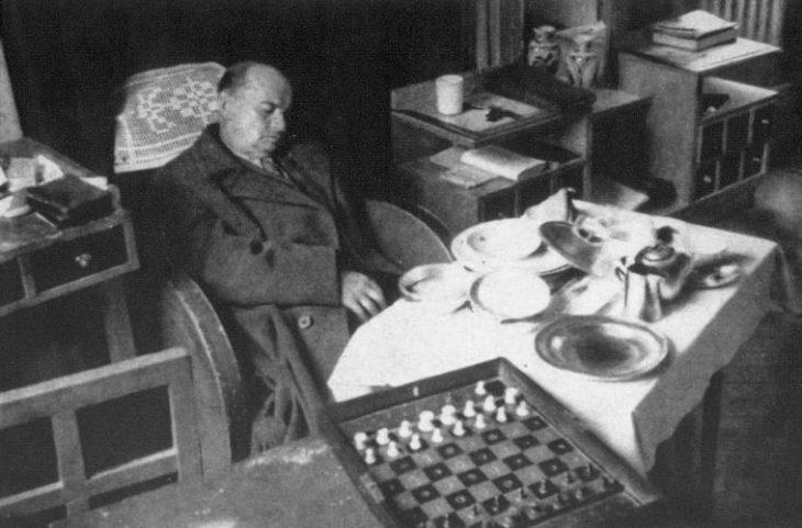 L'arte degli scacchi in Paolo Maurensig: Teoria delle ombre