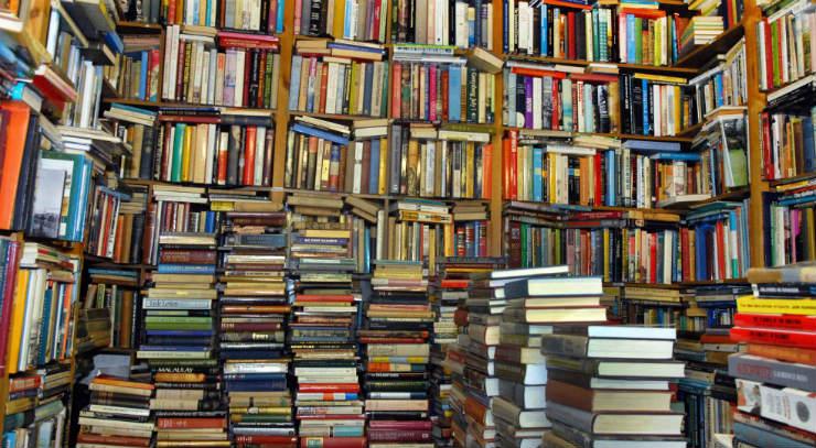 Recensione Andar per libri: il mondo in 15 librerie